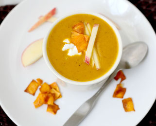 Sweet Potato Apple Curry Soup