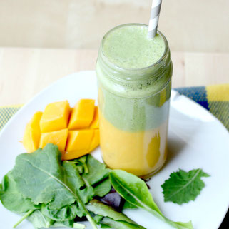 Layered Mango-Green Smoothie