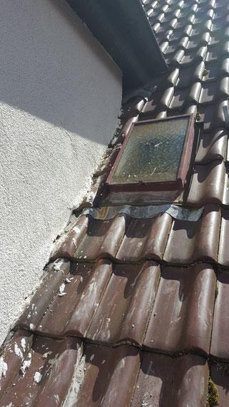Wärmeverbundsystem auf  Dachziegeln aufgesetzt