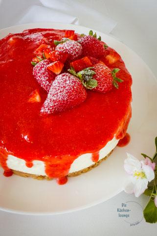 Joghurttörtchen mit Erdbeermus, Rezept ohne Backen