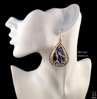 Boucles d'oreilles pendantes créoles dorées motif léopard violet
