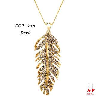 Collier à pendentif plume dorée en métal sertie de strass