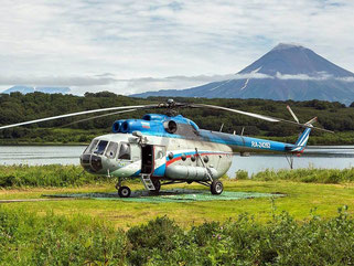 Helicopter trip to Dvukhyurtochnoye Lake
