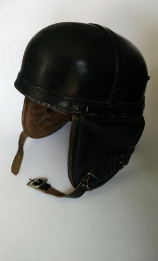 US-Leder-Helm, Schenkung Rolf Herz