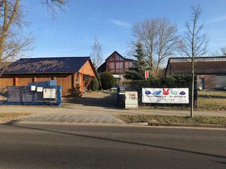 Tierarztpraxis Strausberg - Parkplätze u. Praxiszugang