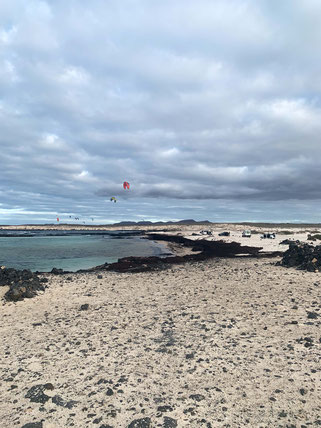 Kite surfers at the old lighthouse