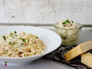 Spaghetti mit Blumenkohlcarbonara und Parmesan
