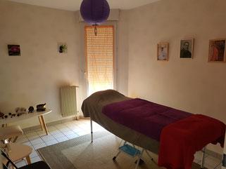 Table de massages Bien-Être et de Soins Énergétiques