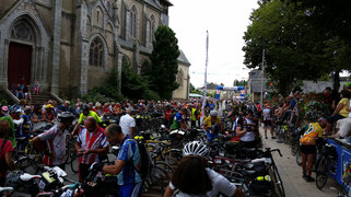 Thousands of spectators at Paris-Brest-Paris 2015