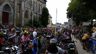Thousands of spectators at Paris-Brest-Paris 2015