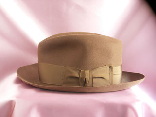 Lock&Co.hatters felt hat side view
