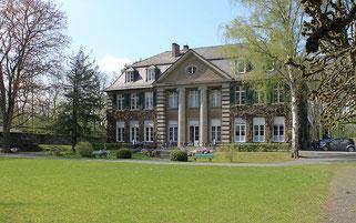 Villa Grün von der Gartenseite