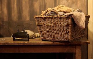 Waschmittel,Wäschepflege,Weichspüler,Flecken Spray für schmutzige Wäsche,Möbel Pflege für Holzmöbel,Metall Pflegemittel
