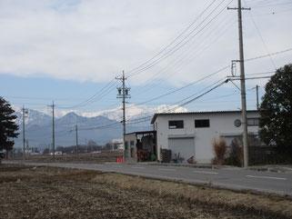 高橋節郎美術館前からの北アルプス