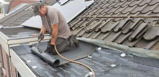 dakbedekking bitumen dak vervangen dakkapel loodgieter leiden