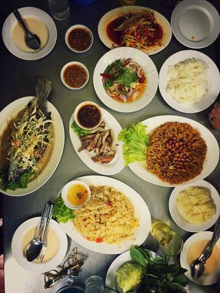 Unser Tisch im Jaekoy