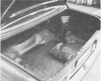 Das Kofferraumvolumen ist beträchtlich und der Zugang ist trotz einer hohen Ladekante einfach.