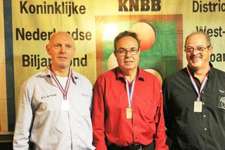 v.l.n.r. nr 3 Piet de Jong. winnaar Sjef Adriaansen, nr 2 Wil Nuyten