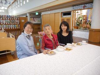 ご家族も一緒にホーム喫茶を楽しまれました