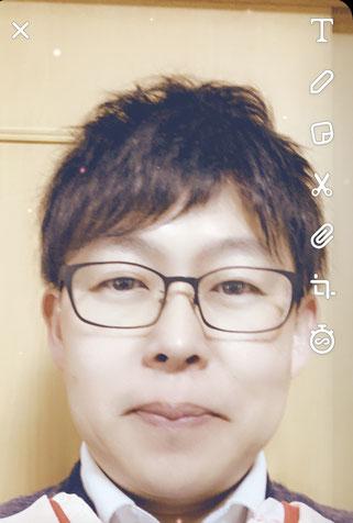 写真加工アプリで若返った田中