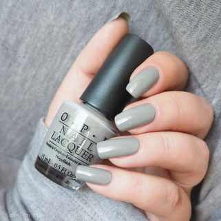 swatch OPI  • FRENCH QUARTER FOR YOUR THOUGHTS