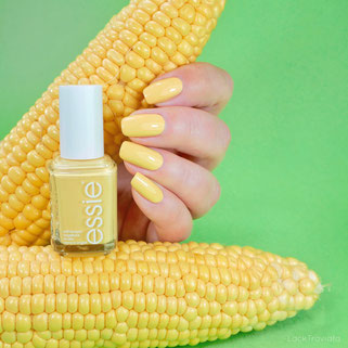 essie • hay there (EU 662) • Sweater Weather / Country Retreat Collection