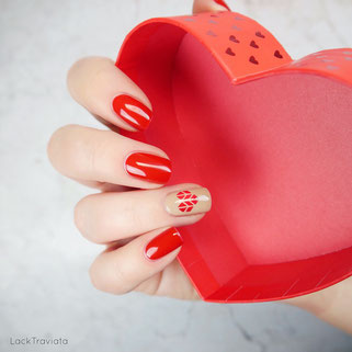 JULIANA NAILS • 522 be my valentine / 540 my honey
