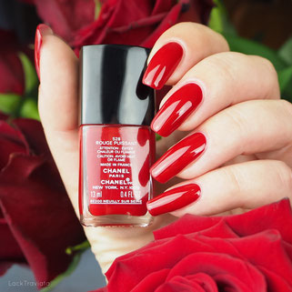 swatch CHANEL • ROUGE PUISSANT 528 • Le Rouge N° 1 Collection fall 2016
