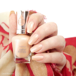 "Sally Hansen • Couple's Massage • color therapy Spring Collection ""Spring is in the air"" 03/2017"