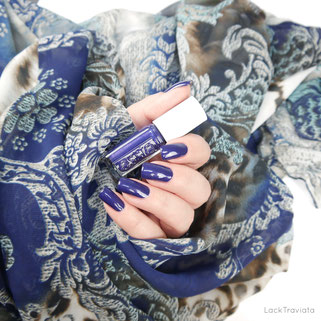 essie • in hot purse-uit EU 454 • Leathers Collection 2017