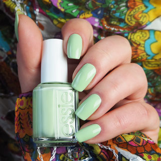 swatch essie going guru