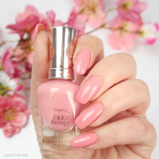 Sally Hansen • Primrose and Proper • No 240 • Spring is in the Air Collection 2017