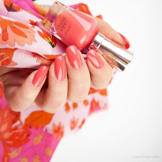 Sally Hansen • Aura'nt You Relaxed? • color therapy • Spring is in the air Collection