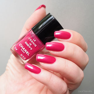 swatch CHANEL • ROUGE N° 19 • Vintage Version