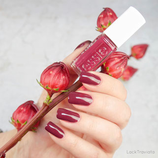 essie • tote-ally in love EU 453 • Leathers Collection 2017