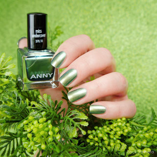ANNY • miss undercover (370.10)  • HOLO! It's ANNY Collection 02/2018