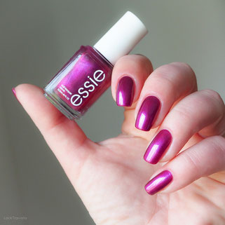 swatch essie the lace is on