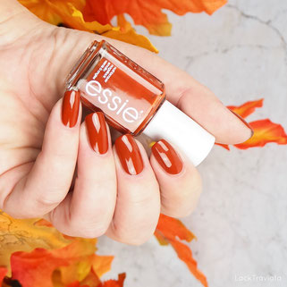 swatch essie • playing koi • Kimono Over-Collection fall 2016