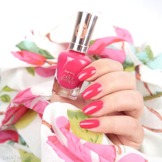 "Sally Hansen • Pampered In Pink • color therapy Spring Collection ""Spring is in the air"" 03/2017"