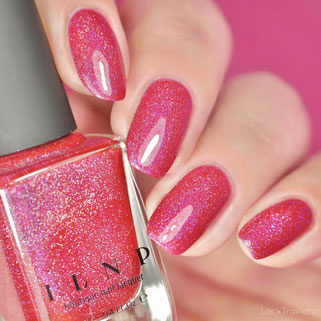 ILNP • CLOSURE • Ultra Holo Collection 2015