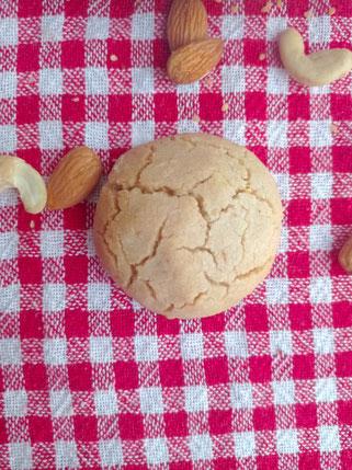 vegane Kekse mit Sesam und Öl