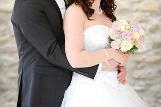 Versandreinigung-mueden.de, Brautkleider, Bild für professionelle Reinigung