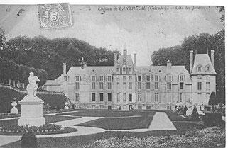 La façade sud et les jardins à la française
