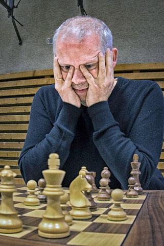 Reinhard bemüht sich erfolgreich um einen vollen Punkt