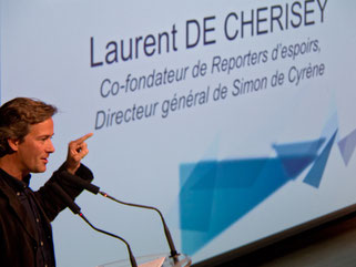 Laurent de Cherisey lors du Lancement officiel d'Agisens le 13 mai 2013