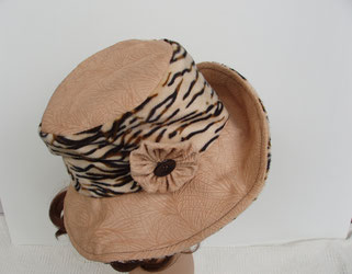 chapeau tigre et velours