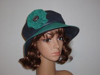 Chapeau toile enduite bleu et vert