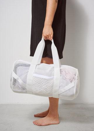 Travelbag white mesh von Finster