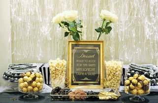 Bild: Eine Hollywood Motto Party im Great Gatsby Stil oder als Kostümmparty für Silvester feiern mit diesen Ideen für Hollywood Dekoration