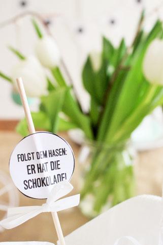 Bild: IDeen für Osterdeko, Freebie zum nachmachen inklusive, Caketopper oder Geschenkanhänger DIY, gefunden auf Partystories.de